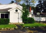 Foreclosed Home in Derby 14047 6881 WAYNE DR - Property ID: 3984211