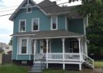 Foreclosed Home in Enfield 6082 44 WALNUT ST - Property ID: 4001419