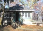 Foreclosed Home in Binghamton 13903 3537 PARKWAY ST - Property ID: 4003019