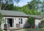 Foreclosed Home in Fenton 48430 304 COLFAX ST - Property ID: 4008005