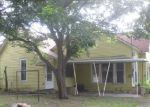 Foreclosed Home in Gainesville 76240 505 S GRAND AVE - Property ID: 4008356