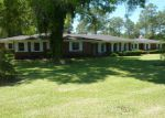 Foreclosed Home in Glennville 30427 715 W BARNARD ST - Property ID: 4010081