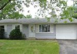 Foreclosed Home in Bolingbrook 60440 121 GALEWOOD DR - Property ID: 4011217