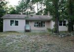 Foreclosed Home in Manahawkin 8050 225 SPRAY RD - Property ID: 4017643