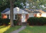 Foreclosed Home in Oak Park 48237 23521 NORWOOD ST - Property ID: 4024222