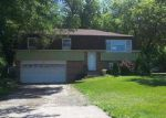 Foreclosed Home in Lake In The Hills 60156 1400 CLAYTON MARSH DR - Property ID: 4035652