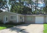 Foreclosed Home in Streamwood 60107 12 CENTER RD - Property ID: 4035669
