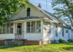 Foreclosed Home in Newton 50208 702 E 4TH ST S - Property ID: 4046356