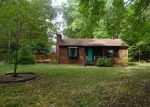 Foreclosed Home in Gloucester 23061 5880 ARK RD - Property ID: 4047478