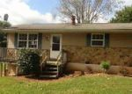 Foreclosed Home in Bedford 47421 212 LEATHERWOOD CIR - Property ID: 4053101