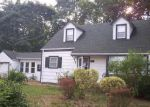 Foreclosed Home in Centereach 11720 24 GOULD RD - Property ID: 4056865