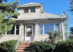 Foreclosed Home in Hackensack 7601 202 RUSSELL PL - Property ID: 4058568