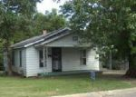 Foreclosed Home in Jackson 38301 132 RHEA ST - Property ID: 4059595