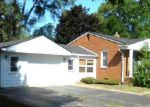 Foreclosed Home in Waterford 48329 4157 SILVER BIRCH DR - Property ID: 4068364