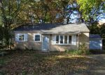 Foreclosed Home in Plainville 6062 12 HICKORY LN - Property ID: 4074407
