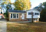 Foreclosed Home in Greensboro 27407 3000 FARMINGTON DR - Property ID: 4074517
