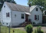 Foreclosed Home in Fords 8863 44 DOUGLAS ST - Property ID: 4076172