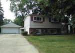 Foreclosed Home in Livonia 48152 30113 BRETTON ST - Property ID: 4078163