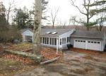 Foreclosed Home in Stamford 6903 138 SAWMILL RD - Property ID: 4079384