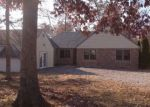 Foreclosed Home in Hopkinsville 42240 3055 HAPPY HOLLOW EST - Property ID: 4090898