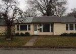 Foreclosed Home in East Saint Louis 62206 26 GLORIA ST - Property ID: 4094566