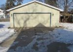 Foreclosed Home in Oshkosh 54902 822 W 11TH AVE - Property ID: 4094832