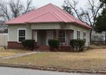 Foreclosed Home in Madill 73446 811 W TALIAFERRO ST - Property ID: 4096400