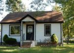 Foreclosed Home in Garden City 48135 32365 DONNELLY ST - Property ID: 4096848
