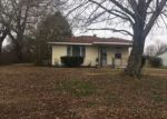 Foreclosed Home in Trenton 38382 36 ELMER MILLER RD - Property ID: 4101606