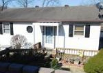 Foreclosed Home in Goreville 62939 2335 LAKE SHORE DR S - Property ID: 4104475