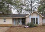 Foreclosed Home in Waynesboro 39367 136 OAKWOOD PL - Property ID: 4106967