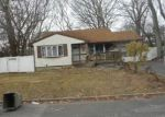 Foreclosed Home in Selden 11784 38 NEWTOWN AVE - Property ID: 4108907