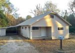 Foreclosed Home in Center 75935 903 CRAWFORD ST - Property ID: 4109233