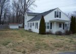 Foreclosed Home in Stanton 40380 145 HALLS RD - Property ID: 4111250