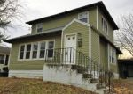Foreclosed Home in Mount Vernon 62864 717 N 11TH ST - Property ID: 4114057