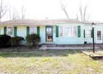 Foreclosed Home in Flora 62839 716 BIRCHWOOD AVE - Property ID: 4114066