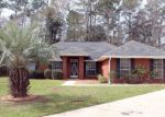 Foreclosed Home in Foley 36535 333 MONTEITH OAKS DR - Property ID: 4114282
