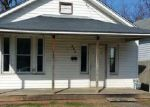 Foreclosed Home in Huntington 25704 706 JACKSON AVE - Property ID: 4114736