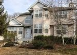 Foreclosed Home in Smithtown 11787 24 WHISPERING WOODS DR - Property ID: 4114898