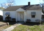 Foreclosed Home in Clinton 37716 213 PINE ST - Property ID: 4115271