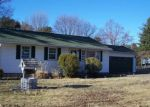 Foreclosed Home in South Windsor 6074 52 DART HILL RD - Property ID: 4116800