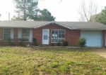Foreclosed Home in Jonesboro 72401 1409 DANA DEBBIE ST - Property ID: 4117003