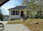 Foreclosed Home in Richmond 64085 600 S SHAW ST - Property ID: 4117882