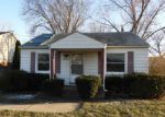 Foreclosed Home in Roseville 48066 19054 E 14 MILE RD - Property ID: 4118006