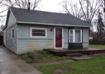 Foreclosed Home in Walled Lake 48390 902 DUNREATH ST - Property ID: 4119011