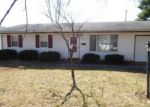 Foreclosed Home in Urbana 61802 2111 E COUNTRY SQUIRE DR - Property ID: 4119083
