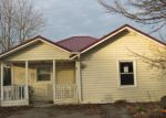 Foreclosed Home in Kingsport 37660 913 E SULLIVAN ST - Property ID: 4120890