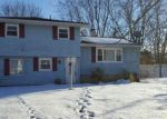 Foreclosed Home in Coram 11727 4 MEEHAN LN - Property ID: 4121024