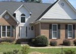 Foreclosed Home in Greenville 29609 801 HALF MILE WAY - Property ID: 4123032