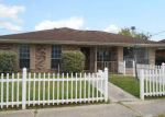 Foreclosed Home in Saint Rose 70087 97 RIVERVIEW DR - Property ID: 4125377